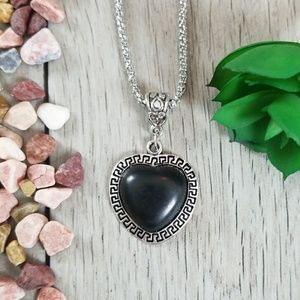 🖤Black Heart Gemstone Style Silver Color Necklace
